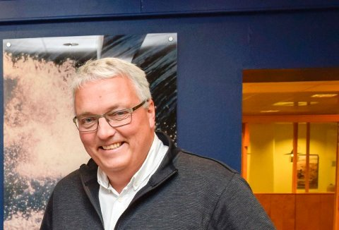 FORNØYD: Viseadministrerende direktør Kjell Baug i Ringeriks-Kraft er glad for at Ringerike kommune sier ja til fusjonen med Nore Energi. Nå venter han bare på svar fra de to andre eierne.