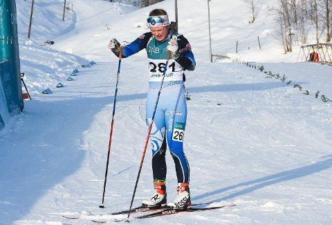 Hedda Thoresen Bolstad knuse alle på sisteetappen i stafetten i yngste dameklasse, og gikk inn til suverent gull.