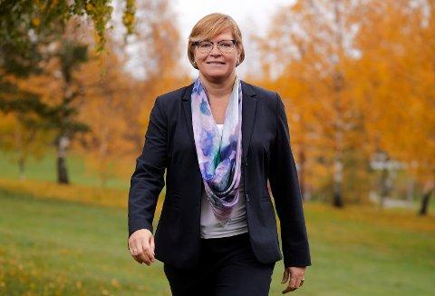 TRENGER FLERE KVINNER: Kari Engensbakken Bjørkelund (51) fra Jevnaker er en av Norges 50 fremste teknologi-kvinner. Nå håper hun at flere unge jenter velger en utdanning innen teknologi.