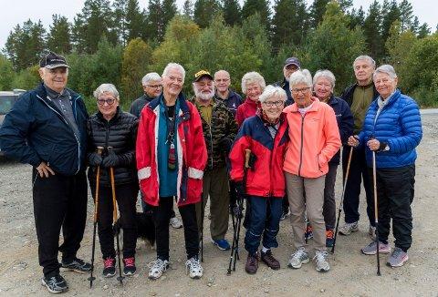 FeiRER: Turgjengen på Eggemoen feirer jubilanten Ella Langerud (i midten foran).