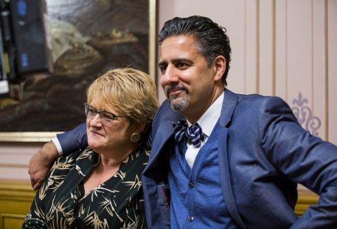 På bildet partileder i Venstre, Trine Skei Grande og Abid Raja (V) Foto: Mariam Butt / NTB scanpixFoto: ( NTB scanpx