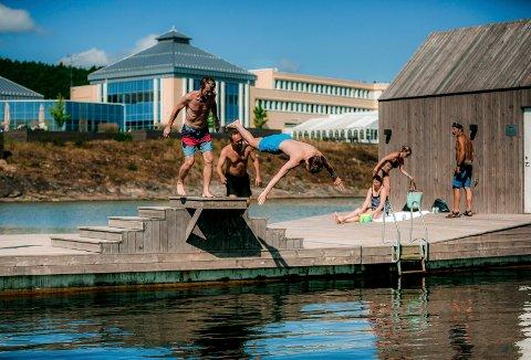 LANGESUND: Dette badeanlegget ligger ved Quality Hotel i Langesund. Anlegget kostet 11 millioner kroner.