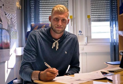 KLAR:  Jonathan Lindseth har signert en toårskontrakt med Sarpsborg 08.