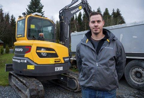 Hans Petter Dillerud mener at alle lokale bedrifter burde får legge inn anbud på kommunale jobber. Arkivfoto.