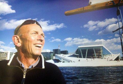 Da Operaen feiret fem år var det med en fotoutstilling av Erik Berg fra Tomter.