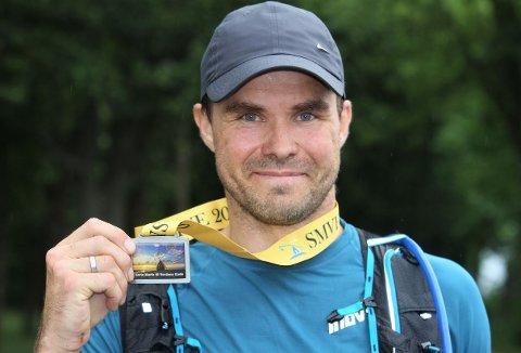 Kåre Todnem stortrives med ultraløp. I sommer løp han 85 kilometer og er klar for mer.