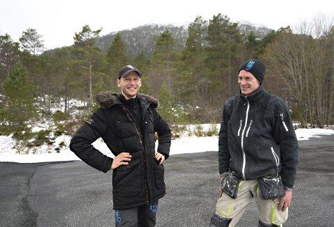 Ekstremt: 8. mai klokka 08.00 starter Espen Avset Fredriksen (til venstre) og Jan Roger Hagen på en utfordringen utenom det vanlige. Duoen har mål om løpe opp og ned til Freikollen 24 timer i strekk.