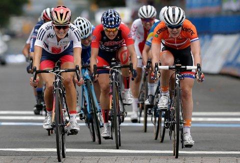 I FARTA: Torsdag kan du se topp kvinnelige syklister i World Tour-ritt for kvinner gjennom nordre Vestfold. Rittet har start i Åsgårdstrand og målgang i Horten.