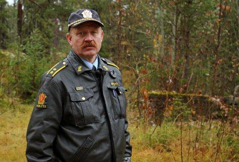 Politioverbetjent André Wigdaher med TV2 tilbake på åstedet.