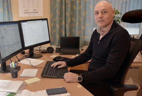 Rådmann Odd-Arild Bugge  råder kommunestyret til å si opp avtalen med helseforetaket.
