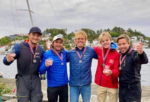 SØLVGUTTENE: Fra venstre: Sigurd Tveit, Morten Røisland, Tomas Mathisen, Herman Byberg Nilsen, Tomas Mathisen og Peder Jahre.