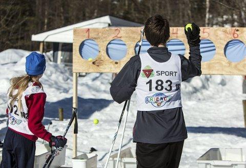 Skiskyttarstafett: Arrangørane gjentek suksessen frå 2013 med skiskyting. Søndag er det skiskyttarstafett for liten og stor,Arkivfoto: Morten Sæle