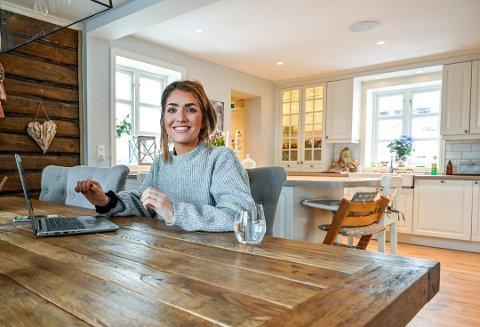 FÅTT KJENDISMANAGER: Nå kan Iselin Guttormsen (33) satse enda mer på influenserkarrieren da hun har fått selveste David Eriksen som manager.