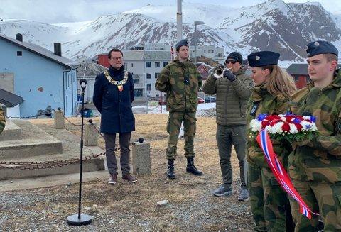 Bildet er fra markeringen i Honningsvåg 8. mai 2020.