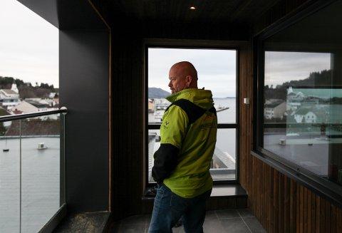 DRIVKRAFT: Dagleg leiar i Grønsberg Bygg, Knut Einar Grønsberg. Ein mann med planar og alltid nye prosjekt på gang.