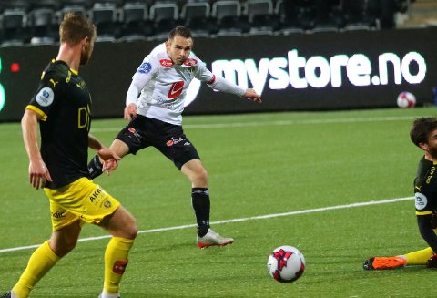FRÅ START: Endre Kupen startar for Sogndal i bortemøtet med Fredrikstad.