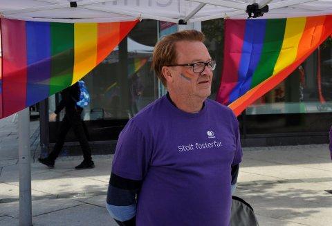 ØNSKER FLERE: Morten Ringsrud er fosterfar og homofil. Han ønsker å inspirere flere til å bli fosterforeldre.