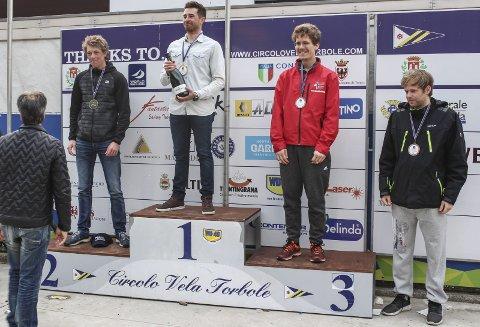 PÅ PALLEN: Lars Johan Brodtkorb seilte seg opp, og kapret til slutt medalje i sesongstarten i Italia.