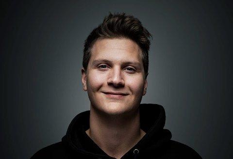 Tom Stræte Lagergren mottar Hedmark fylkeskommunes kulturpris, som innebærer 100.000 kroner.