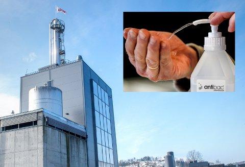 FINSPRIT: Rektifikasjonsanlegget til Hoff i Gjøvik produserer nå også for å lage håndsprit.
