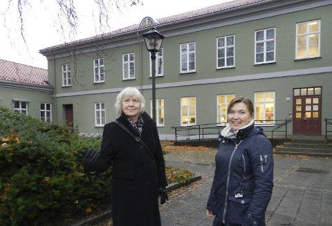 FAYEGÅRDEN: Museumsdirektør for Østfoldmusseene, Gunn Mona Ekornes (til venstre), og avdelingsdirektør Lillian Nyborg vil hit.