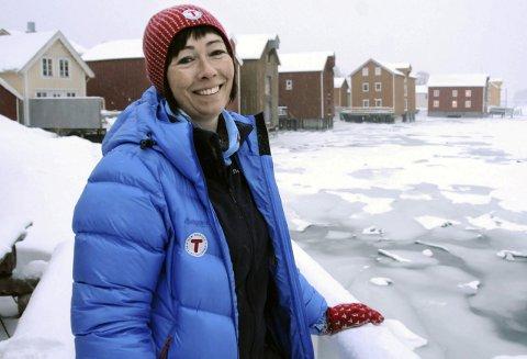 ELSKER VINTEREN: Sure forhold. Smørblid dame. Anne Krutnes skulle gjerne tatt en lang skitur i skitværet.