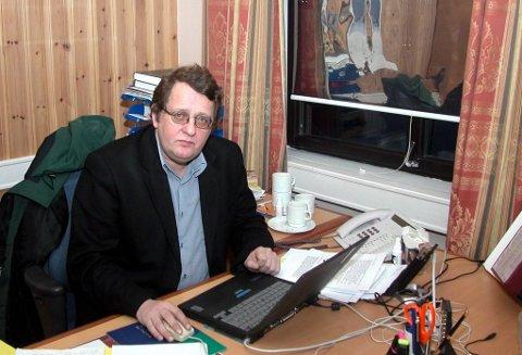 HADDE FLERE LEDERSTILLNIGER: Administrasjonssjef Jack Sture Muotka avbildet på jobb.