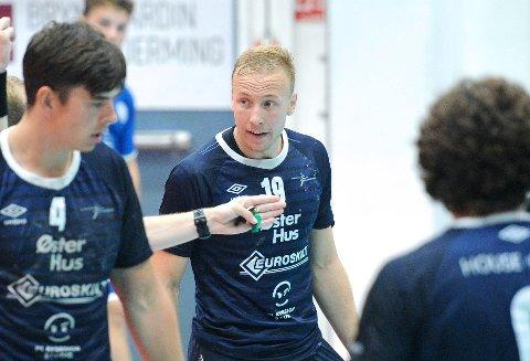 IKKE MED: Sindre Gausdal Johannessen spilte for Viking i treningskampen mot Nærbø før sesongstart, men så ble han skadet.