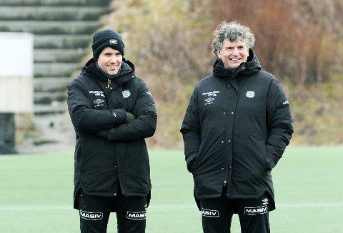 BARE VELSTAND: Trenerduoen Even Sel (t.v.) og Jan Halvor Halvorsen kan glede seg over skadefri tropp.