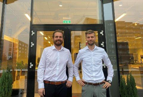 FAMILIÆR DUO: Lasse Christophersen (t.v.) og svogeren Glenn Tønsberg har særs god kjemi. Det kom godt med i etablering av ny butikk.