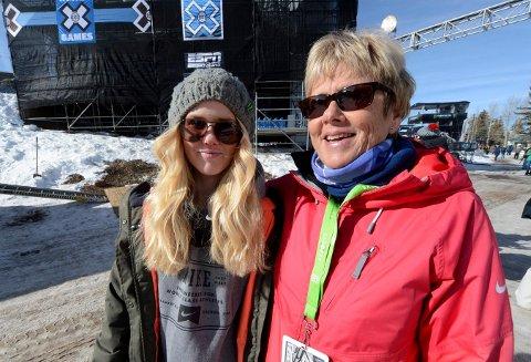 GOD STØTTESPILLER: Silje Norendal dsammen med mamma Marit på X-games i USA- - Hun har betydd mye for meg, sier datteren. FOTO: OLE JOHN HOSTVEDT