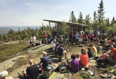 I Finnemarka: Gjevlekollen er nå en del av det utvidede Finnemarka naturreservat, her fra offisiell åpning av Gjevlekollbua 27. mai i år