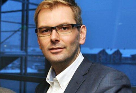 Jan Eivind Fredly tar plass i Lofotpostens sjefsstol.