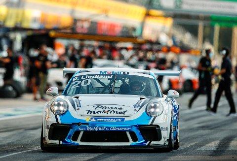 SEIER: Roar Lindland cruiset inn til sammenlagtseier i pro-am klassen i Porsche cup.