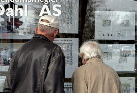Handel: Kronikkforfatter mener at hverken kjøper eller selger har stor grunn til å glede seg over de varslede endringer i forbindelser med boligsalg. foto: scanpix