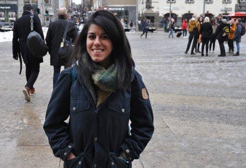 VILLE SKRIVE: Neda Alaei har visst at hun ville bli forfatter fra hun var en liten jente.
