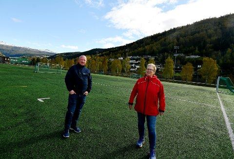 Jon Leirflaten, vedlikeholdsleder kommunal eiendom, og Mette Josten, kulturkonsulent.