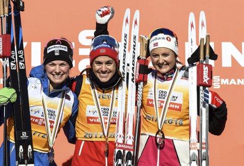 FORTSETTER MED MADSHUS: Heidi Weng (i midten).  Arkivbilde