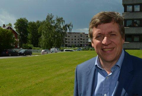 SATS PÅ HAMAR: Frank Larsen, administrerende direktør i Hedmark kunnskapspark, mener hele fylket må satse på Hamar som motor for utviklingen i fylket. (Foto: Bjørn-Frode Løvlund)