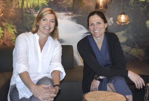 VIL UTVIKLE: Regine Behrens Dyreng (til venstre) og Ida M. Dyreng står begge på for å utvikle næringslivet i Elverum og Sør-Østerdal. – Alle som bor her ser nok heller ikke alltid hvor mange kvaliteter Elverum har som bosted, mener de.