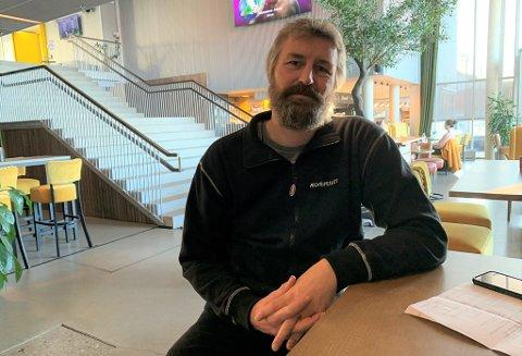 INGEN ADGANG: Kulturhussjef Erik Friesl vil bare ha folk fra Porsgrunn i kulturhuset.