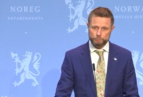 Endringer: Helse- og omsorgsminister Bent Høie under pressekonferansen 2. mars.