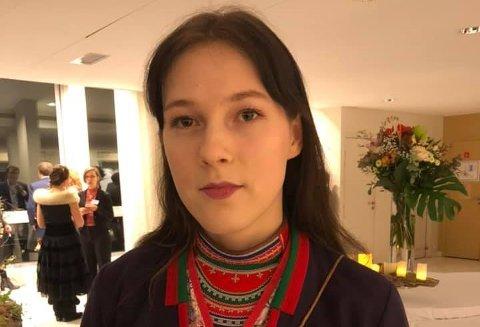 Katarina Barruk fra Storuman skal tirsdag spille på Hemnesberget.