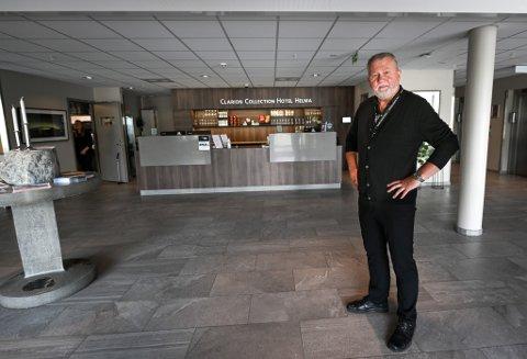 - Vi valgte med å sende permitteringsvarsel til etter juleferien. Det betyr at tre ansatte er permittert fra og med 18. januar, sier hotelldirektør Dag Busch ved Clarion Collection Hotel Helma.