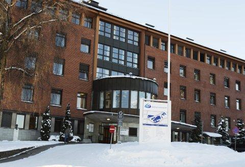 ØKENDE INNLEGGELSER: Antallet innlagte pasienter med koronavirus øker i Norge, hvor Helse Sør-øst står for de aller fleste. Hos sykehusene i Innlandet er sju innlagt.