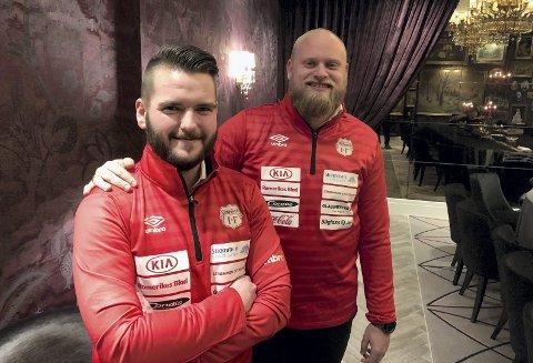 PRIORITERER A-LAGET: Hovedtrener Ole Martin Nesselquist og assistent Jonas Rygg ser fram mot et tøft program for Strømmens A-lag. Det får konsekvenser for andrelaget i 4. divisjon.