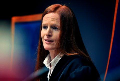 Tingrettsdommer Inger-Marie Landfald og hennes to meddommere ga den tungt kriminelt belastede sarpingen en sjanse til rehabilitering gjennom et såkalt narkotikaprogram med domstolkontroll.