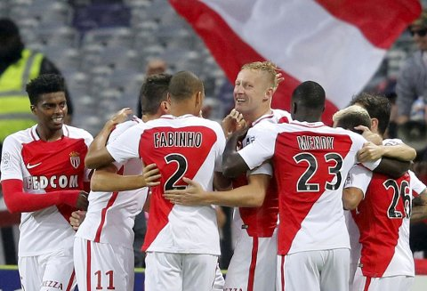 Football Soccer - AS Monaco v Toulouse - French Ligue 1 - Municipal Stadium, Toulouse, France - 14/10/2016. AS Monaco's players celebrate. REUTERS/Regis Duvignau