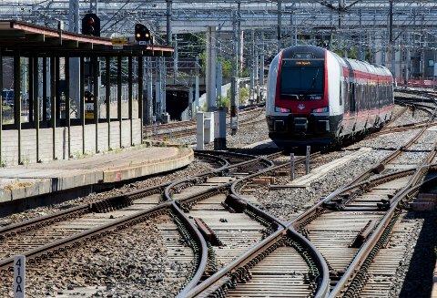 Regjeringen jobber for tiden med EUs fjerde jernbanepakke.