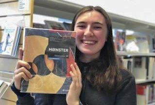 HYLLER SKOLEN: Ida Celine Johansen (16) hyller skolen for sin unike leksehjelpsordning.